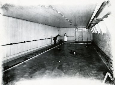 [Swimming Pool]