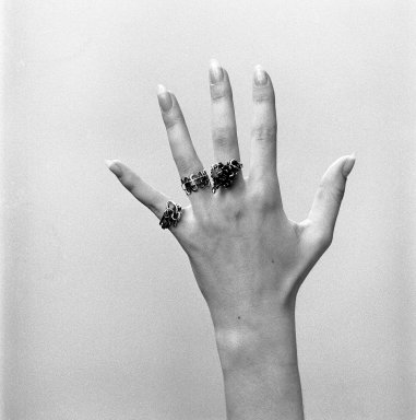 [Art School -- Jewelry]