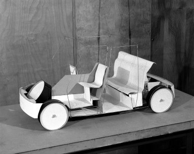 [Art School -- Industrial Design -- Taxi Model at Transportation Laboratory]