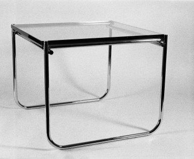 [Art School -- Glass-Chrome Table